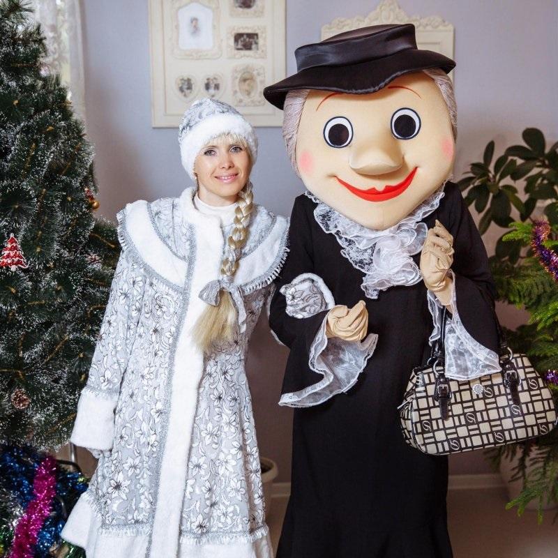Ростовая кукла старуха Шапокляк прокат в Москве